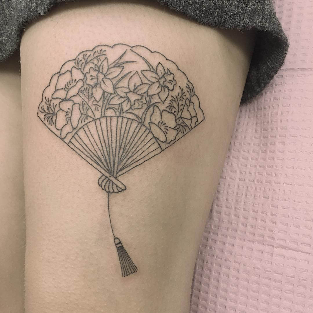 Hand fan tattoo by Jen Wong