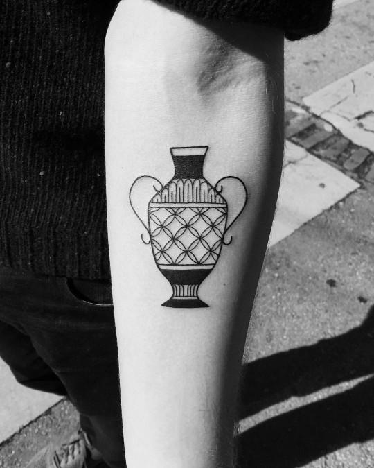 Amphora tattoo