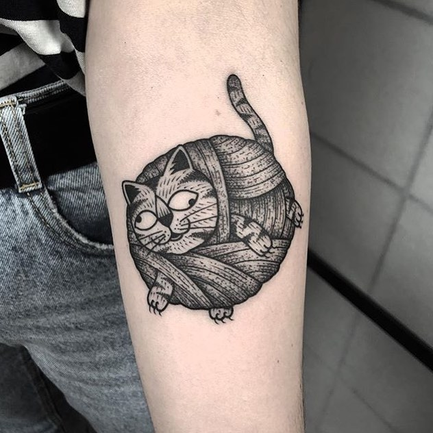 Ball of yarn cat tattoo