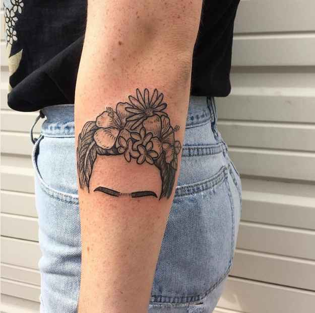 Frida kahlo head tattoo