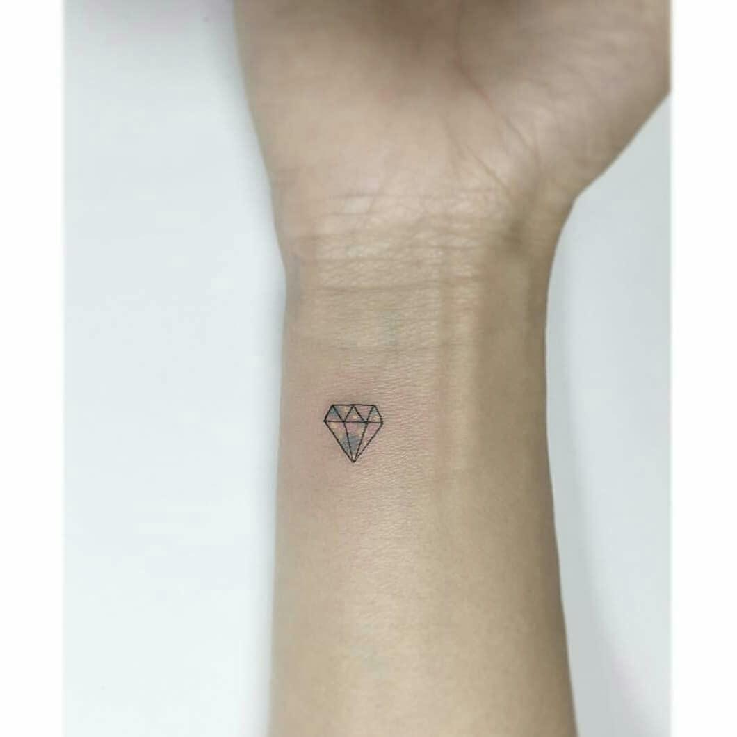 Little Diamond Tattoo Tattoogridnet