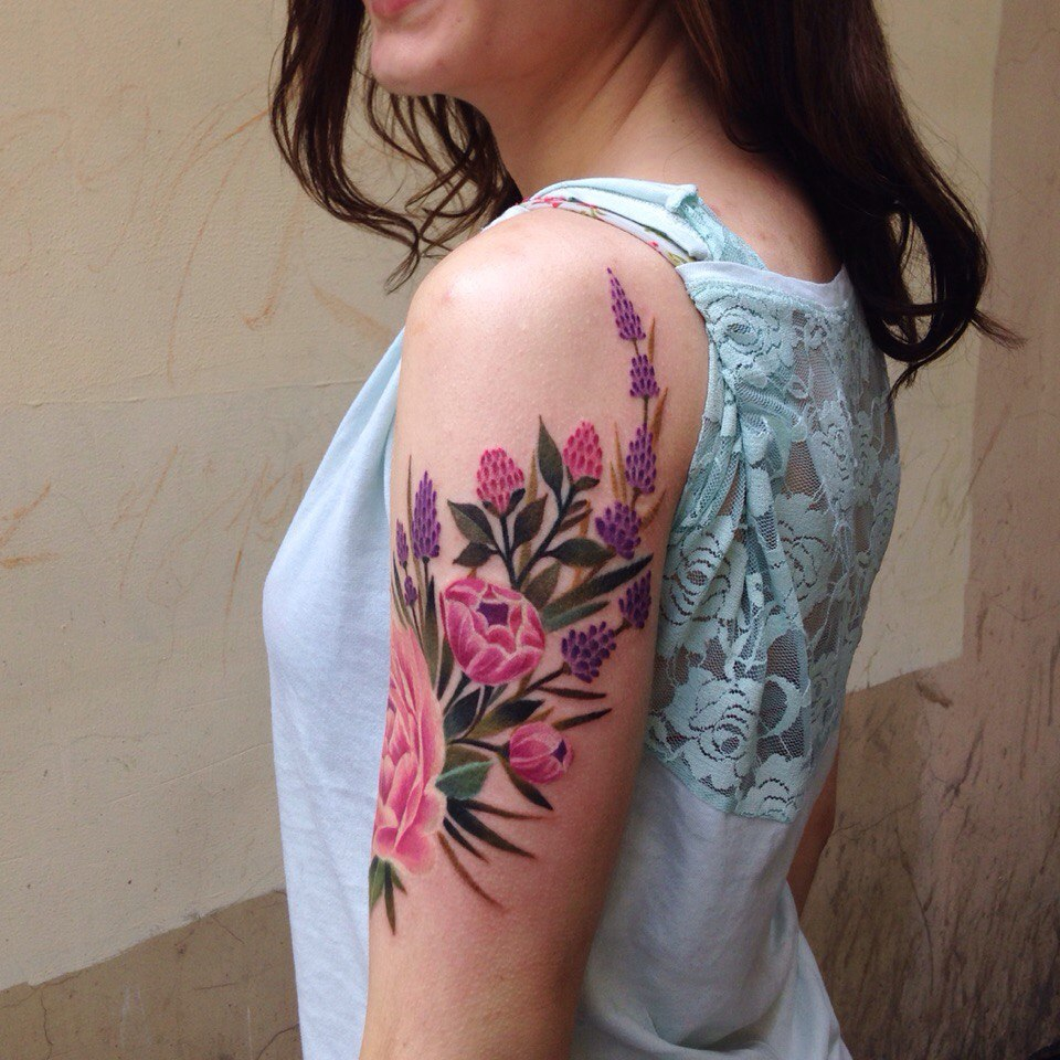 Excellent Flower Tattoo On The Upper Arm Tattoogrid