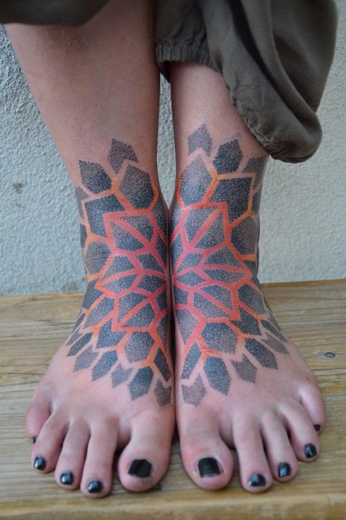 Matching feet mandala