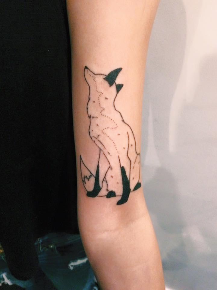 Outline fox tattoo