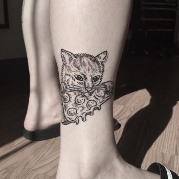 Cat eating a pizza tattoo