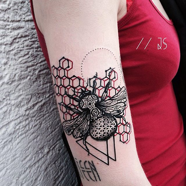 Bee and 3d honeycomb tattoo