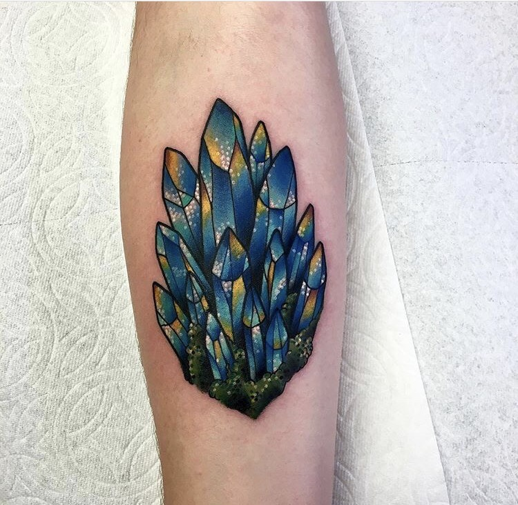 Crystal tattoo by roberto euán