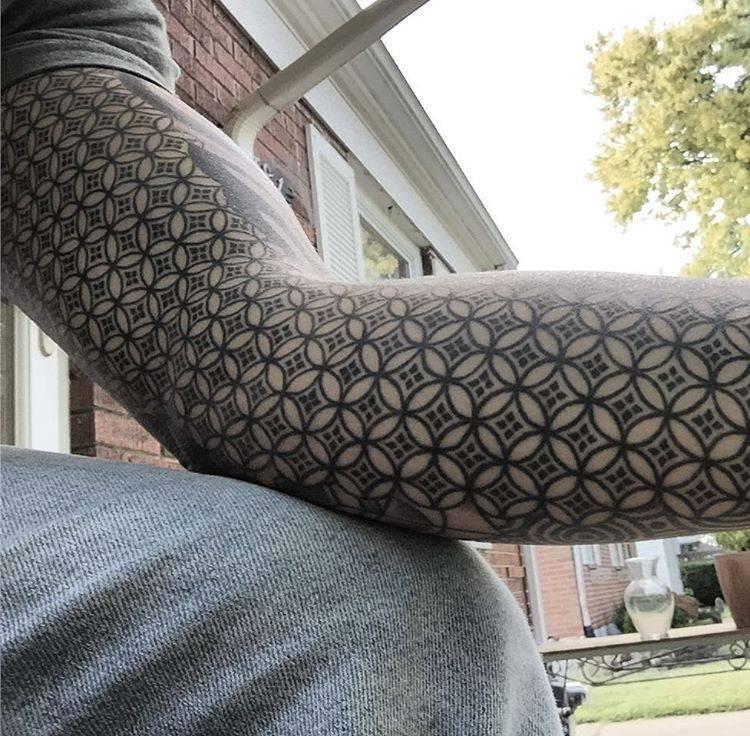Patterned tattoo sleeve