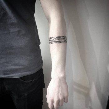 Abstract lines tattoo by vaigirdas kofy