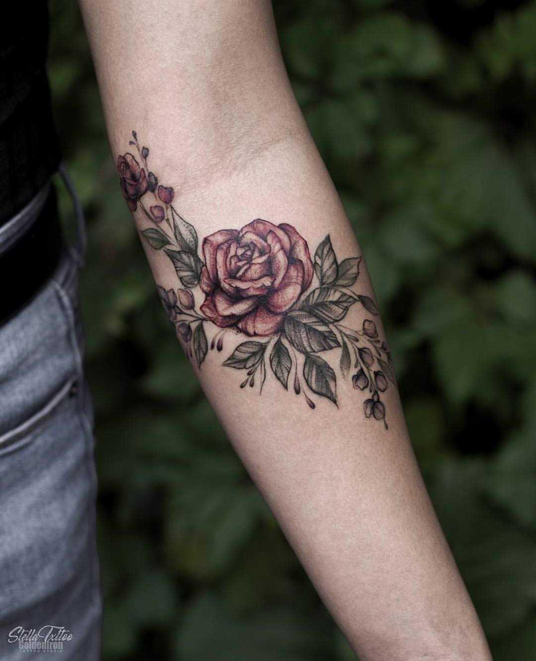 Floral piece by stella