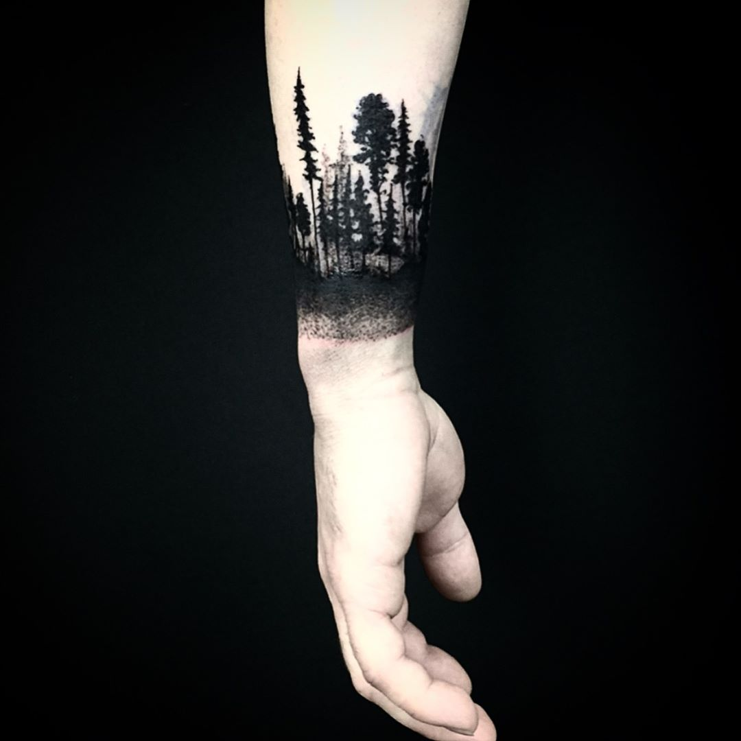 Black forest armband