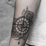 Compass and rose piece by Yi Postyism