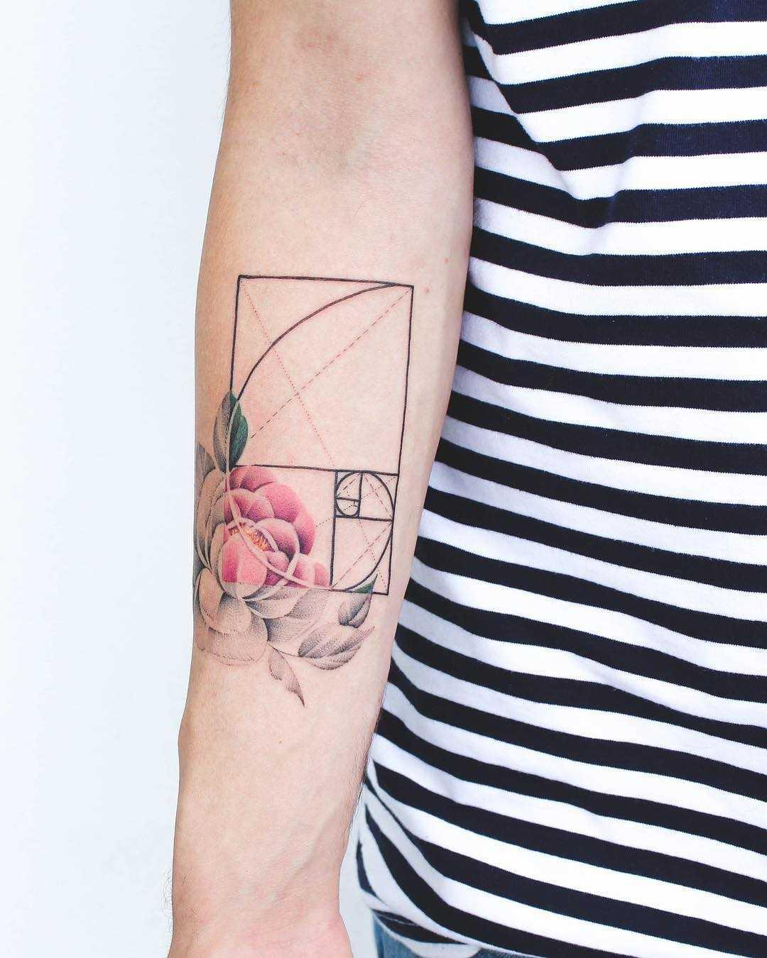 Floral golden ratio tattoo