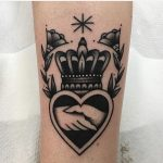 Handshake and crown tattoo by Jeroen Van Dijk