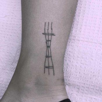 Minimalist Sutro Tower by Jen Wong
