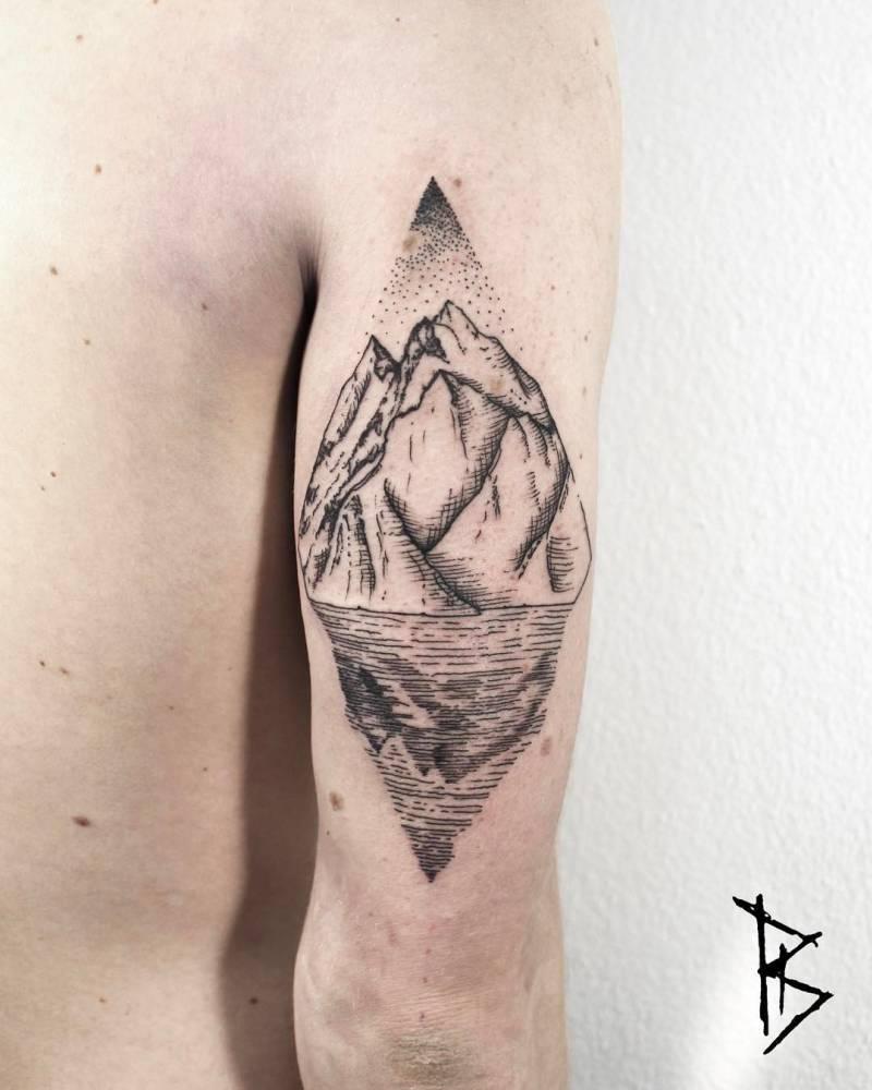 Rhombus-shaped landscape by Loïc Lebeuf
