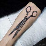 Vintage scissors tattoo