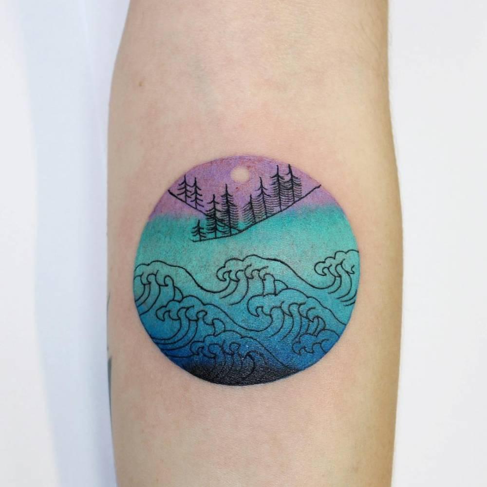 Wave tattoo by Ann Lilya