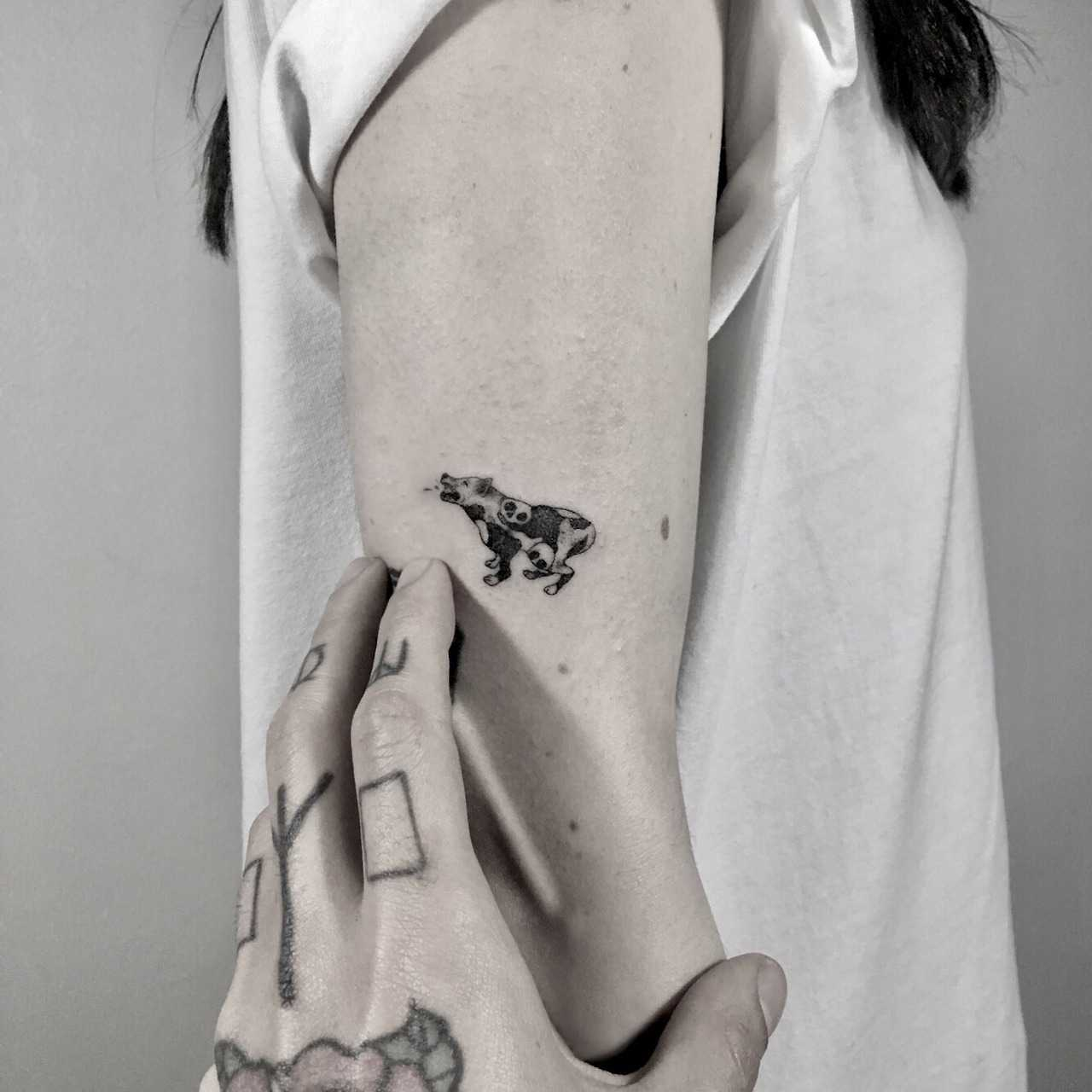 Barking dog tattoo by Berkin Dönmez