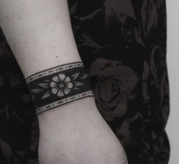 Beautiful flower armband tattoo