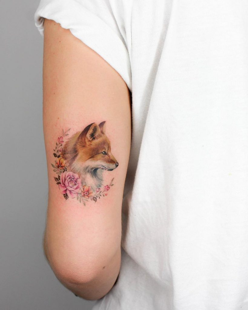 Fox and flowers by Iris Tattoo