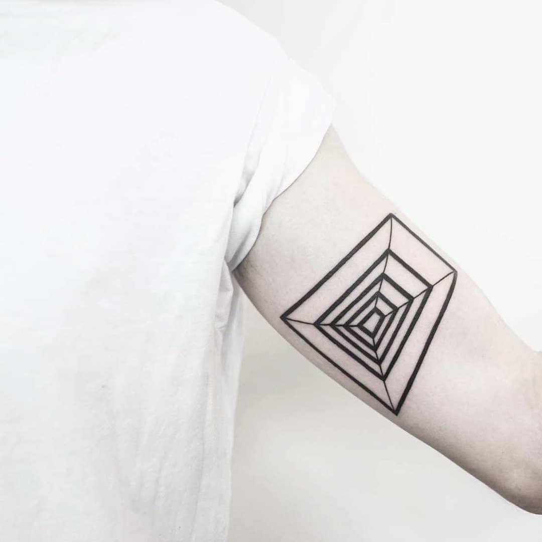 Geometric illusion tattoo