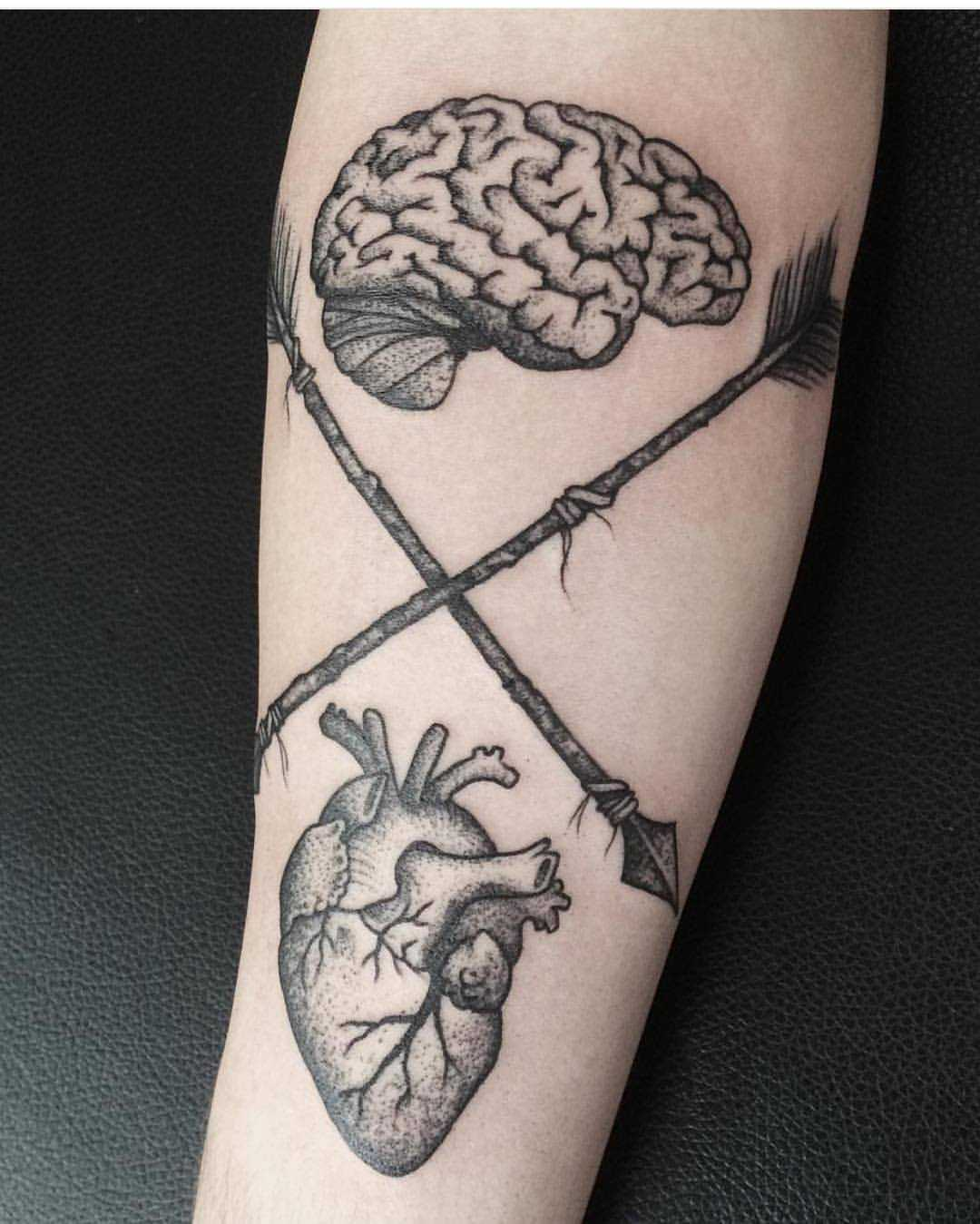 Heart and brain by Roald Van Broek