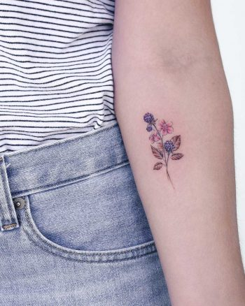 Little berries by Iris Tattoo Art