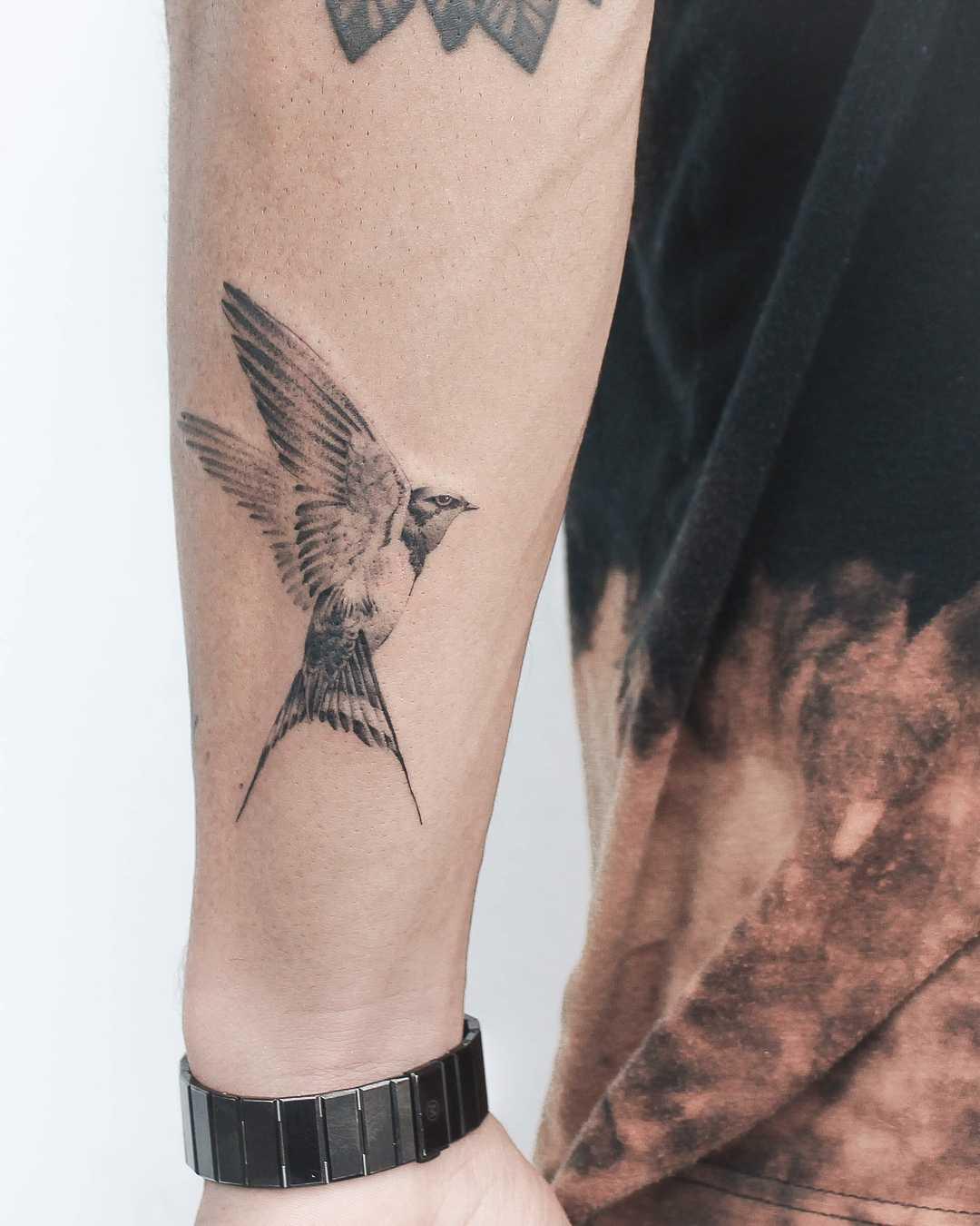 Swallow by Iris Tattoo Art