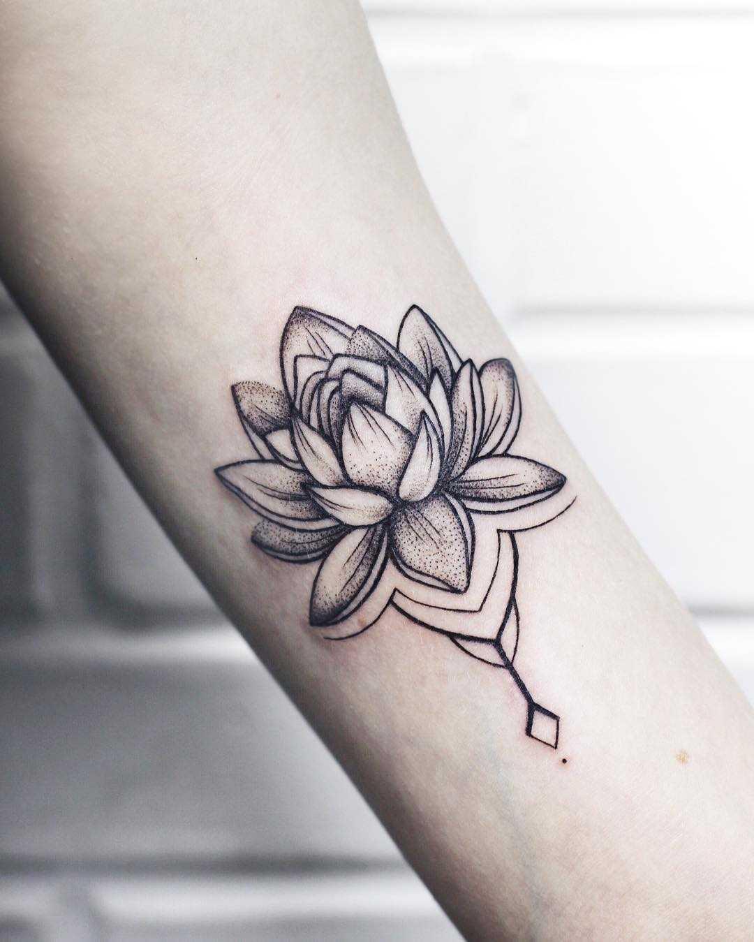 e9283bfa6 Tiny tender lotus tattoo - Tattoogrid.net