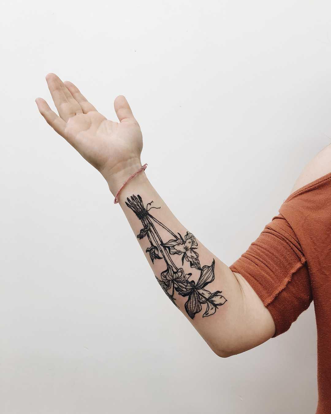Trillium bundle tattoo