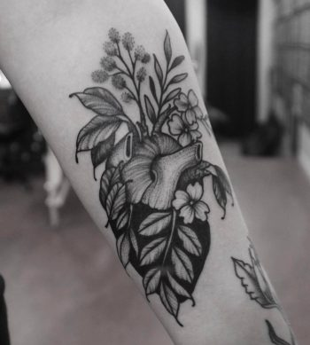 Floral heart by roald vd Broek