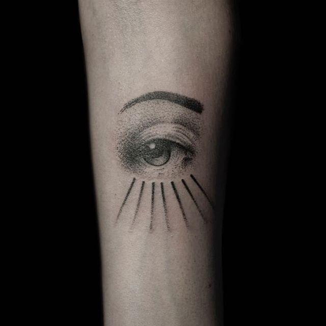 Hand-poked eye by Nigrum Luna Tattoo