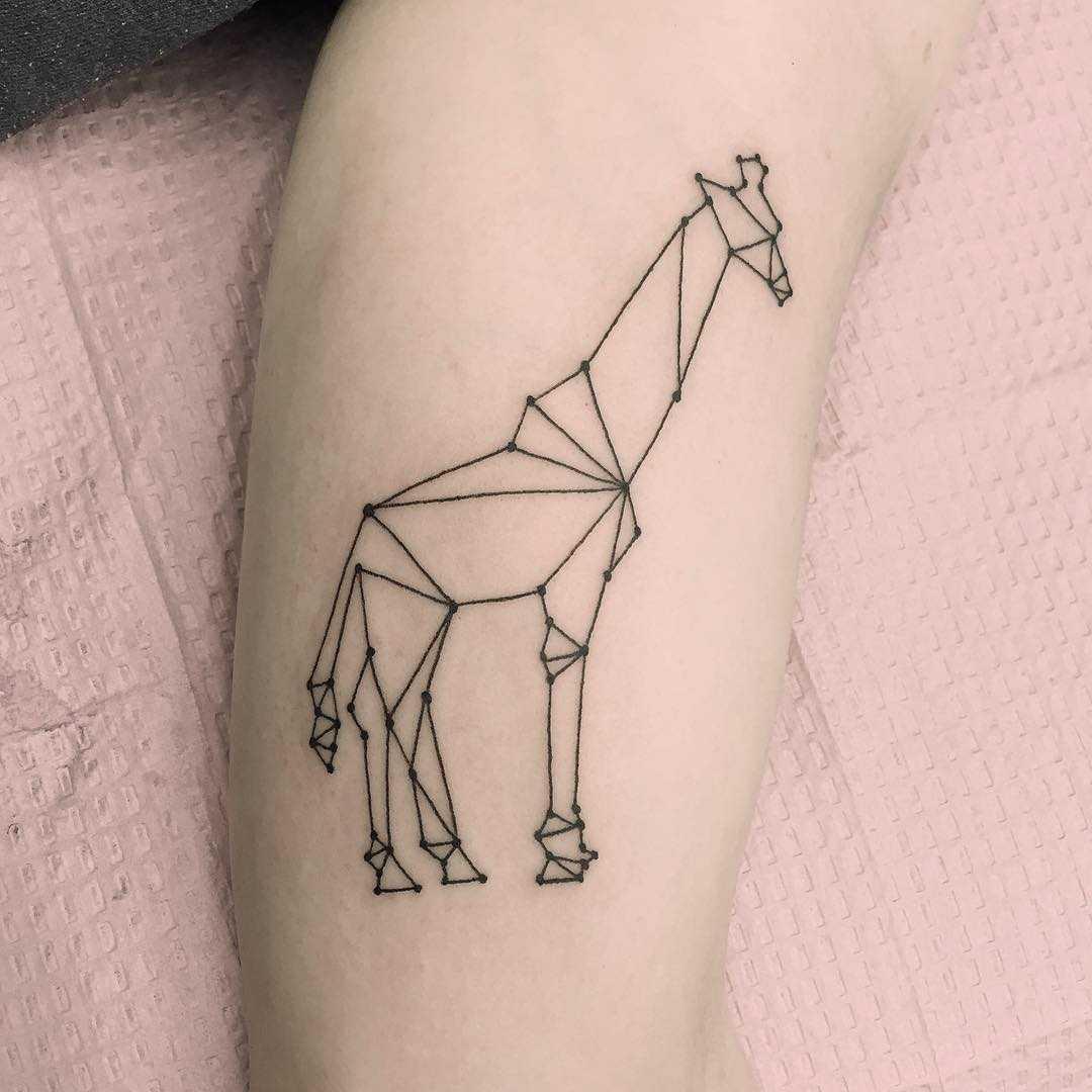 Polygonal giraffe tattoo by Jen Wong