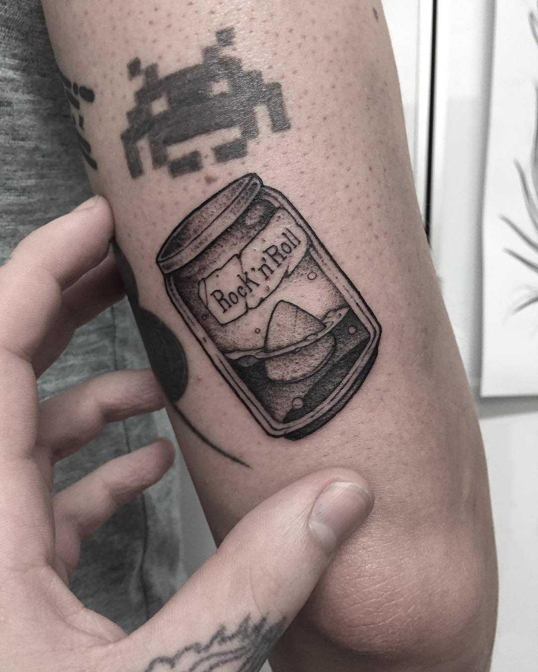 Rock'n'roll jar tattoo