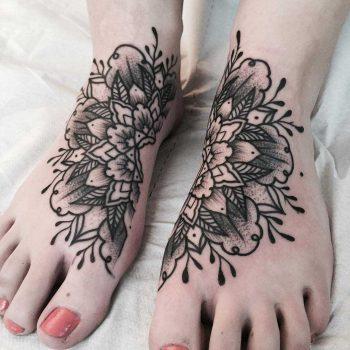 Separated mandala tattoo on both feet