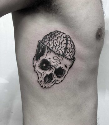 Skull dissection done at Primordial Pain Tattoo, Milano