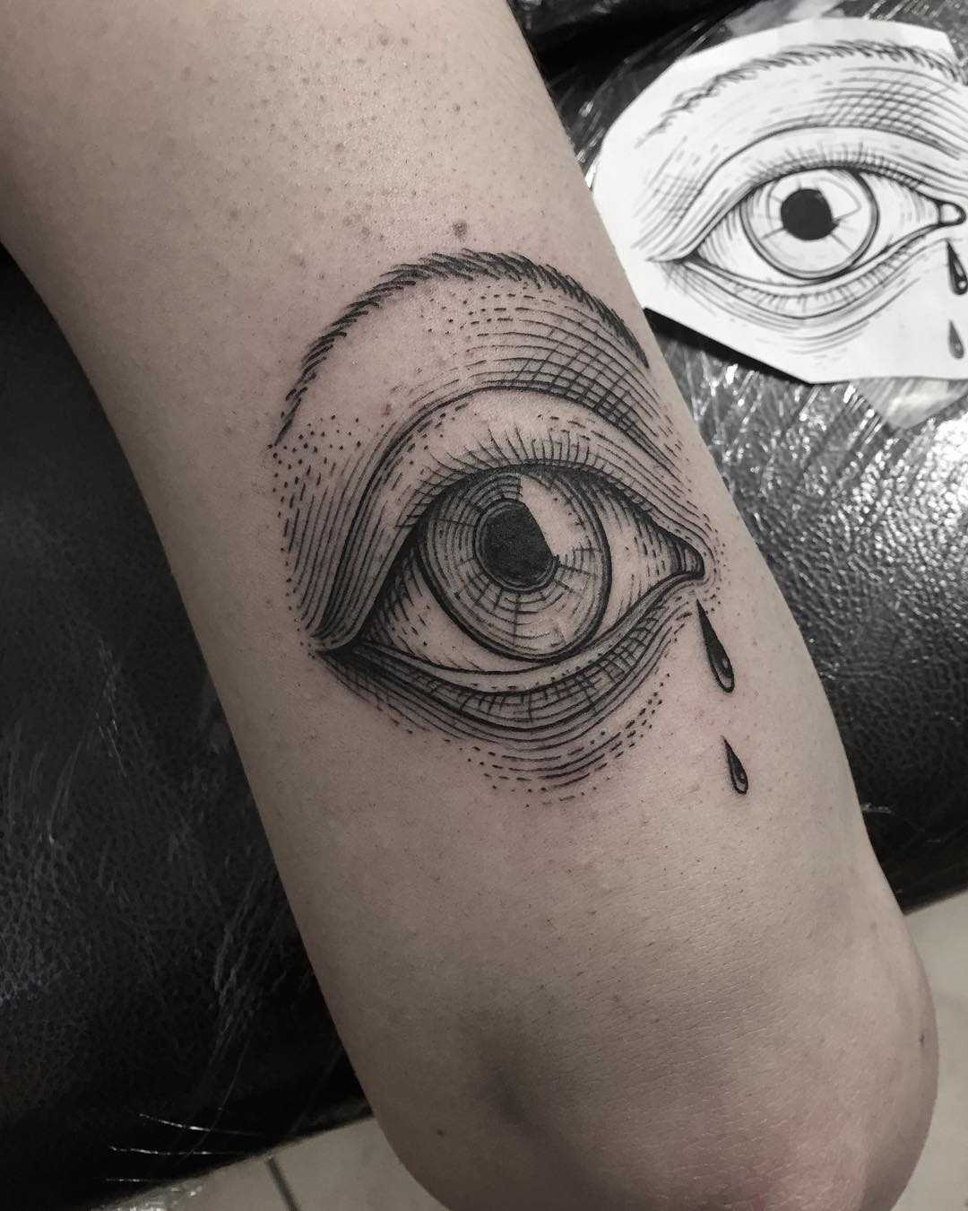 An etching eye was done at Primordial Pain Tattoo, Milano