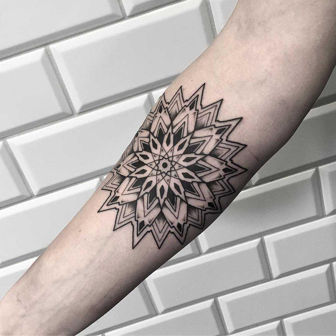 Cool mandala done at Kult Tattoo Fest