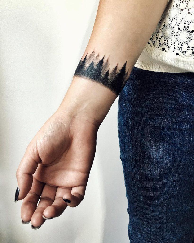 Dark woods armband tattoo