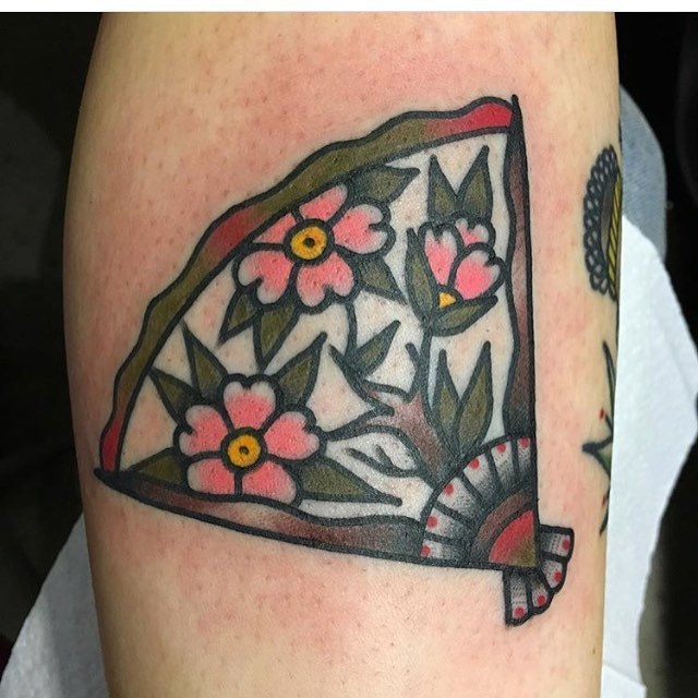 Floral hand fan tattoo by Jeroen Van Dijk