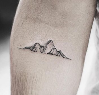 Tiny mountains by Yi.postyism