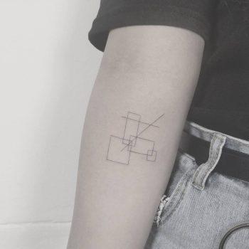 Abstract geometry by tattooist Arar