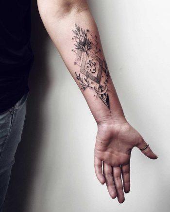 Arrow and geometrics tattoo