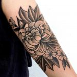 Chrysanthemum by Aubry Tattoo