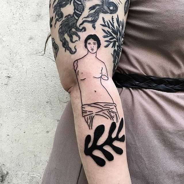 Greek sculpture tattoo by Mab Matierenoire