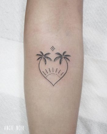 Heart-shaped palm trees tattoo