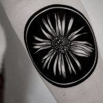 Negative space flower in a circle