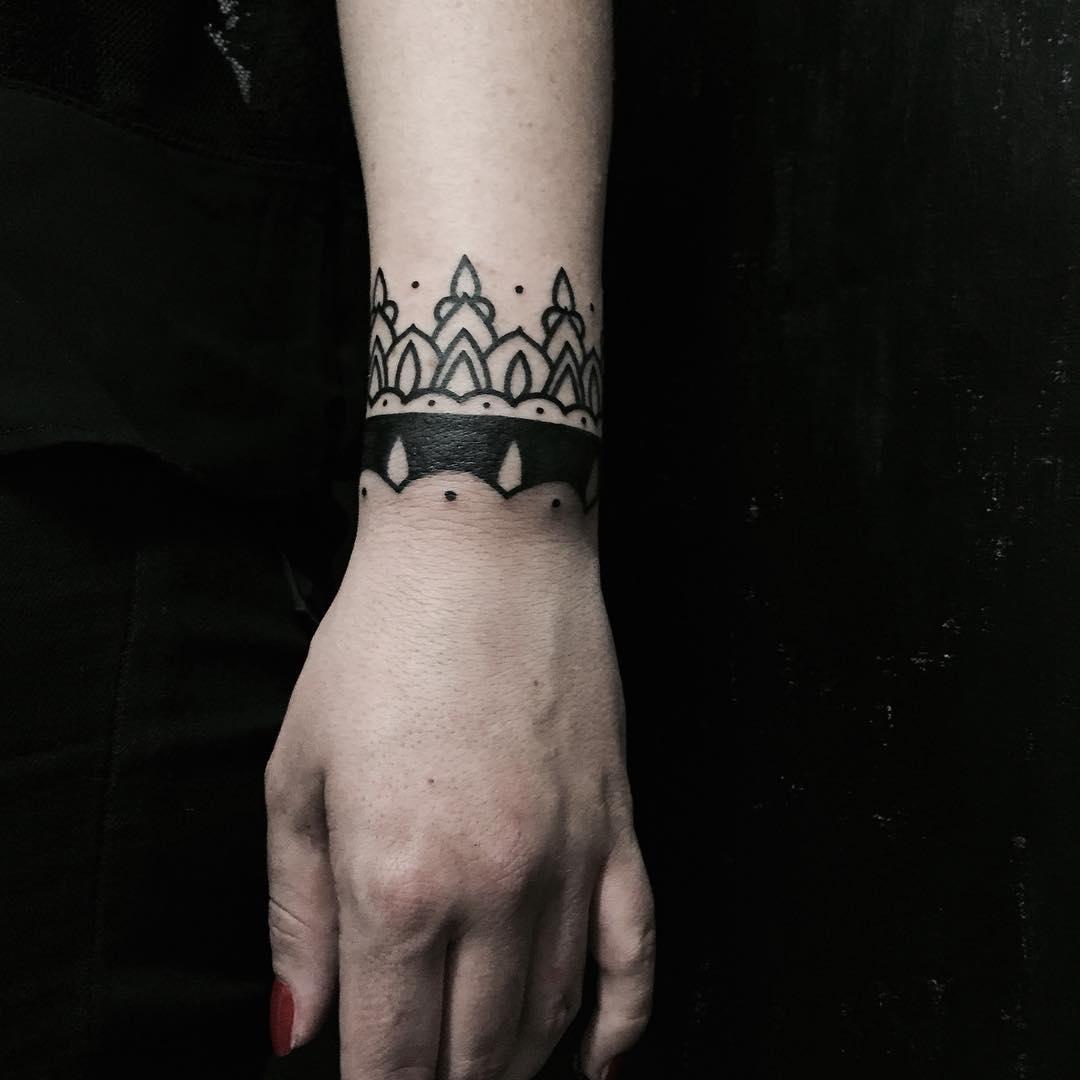 Ornamental bracelet tattoo