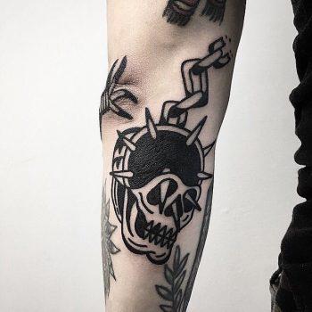 Skull mace tattoo by Ssik Boy
